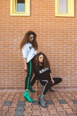 twins-50